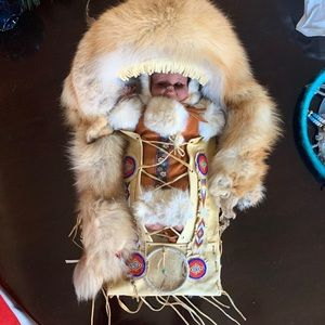 Vintage auth American Indian red fox cradle board
